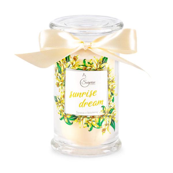 waniliowa świeca zapachowa z biżuteria